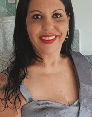 Letícia Neves Souza